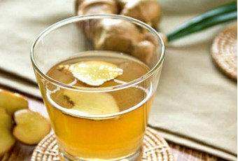 Неприятный запах из ротовой полости уберет имбирный чай