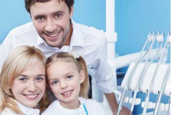 Семейная стоматология: почему лечить зубы лучше вместе