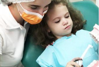 Профилактика кариеса у детей: герметизация фиссур, серебрение и фторирование